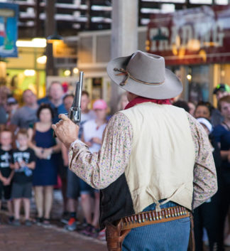 """<a href=""""https://fortworthstockyards.com/attractions/legends-of-texas/"""" target=""""_blank"""">Legends of Texas Gunfight Show</>"""